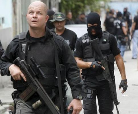 Tiroteio em favela no Brasil (foto LUSA)