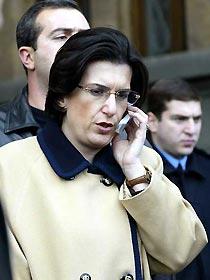Para a oposição Nino Burjanadze é a nova presidente interina da Geórgia