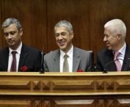 José Sócrates com os ministros Teixeira dos Santos e Pedro Silva Pereira