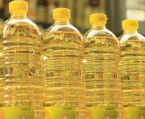 Garrafas de óleo de girassol (arquivo)