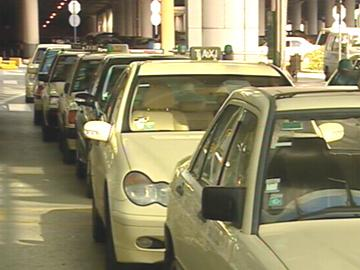 Taxistas sujeitos a «casting» nos aeroportos