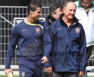 Cristiano Ronaldo e Scolari no treino de Portugal em Neuchâtel, durante o Euro-2008