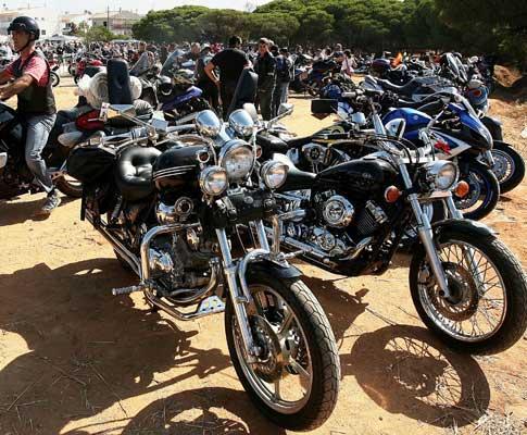 Concentração de motos em Faro