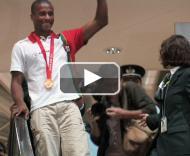 Campeão Olímpico Nelson Évora regressa a Portugal PLAY_VIDEO