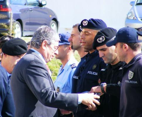 Rui Pereira entregou novas armas à PSP e GNR