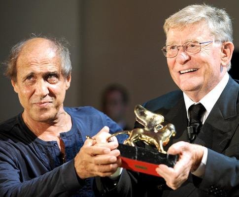 Ermanno Olmi recebe o Leão de Ouro de carreira no Festival de Cinema de Veneza