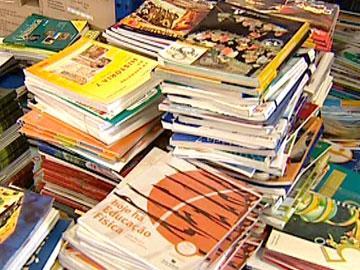 Campanha: Reutilização de manuais velhos