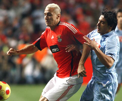 Yebda e Lavezi, Benfica vs Nápoles