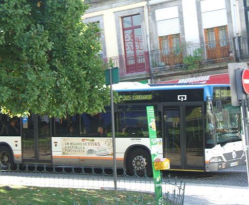 Greve dos STCP - um dos poucos autocarros que percorreram a cidade