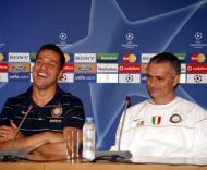 José Mourinho e Julio César na antevisão do Anarthosis-Inter
