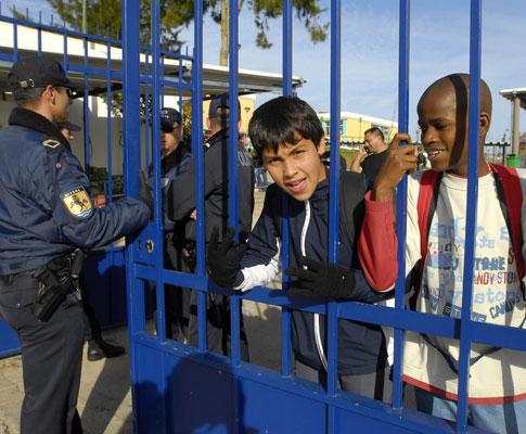 Gás tóxico foi lançado num pavilhão da escola EB 2,3 Cardoso Lopes