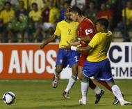 Brasil-Portugal, Ronaldo pressionado (Foto FPF)