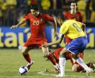 Brasil-Portugal, Deco e Gilberto Silva (Foto FPF)