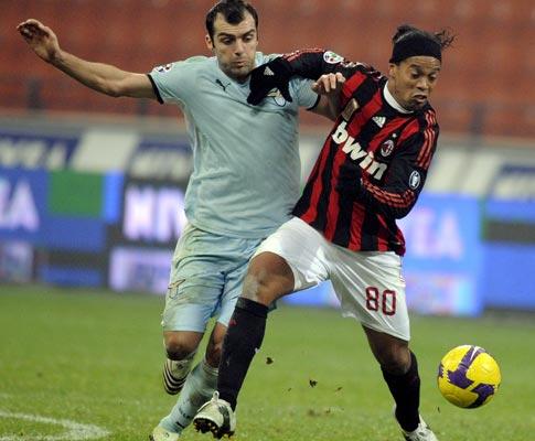 Ronaldinho e Pandev, Milan vs Lazio