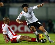 V. Guimarães-Leixões: Wesley com Nuno Assis (Foto Lusa)