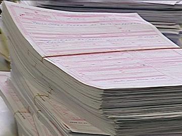 Governo recua nas multas para recibos verdes