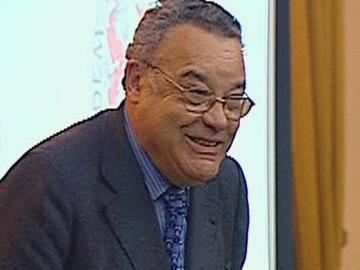 PS: João cravinho faz fortes críticas a Sócrates