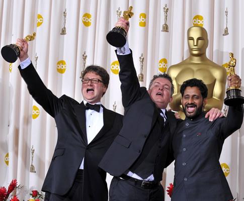 Ian Tapp, Richard Pryke e Resul Pookutty na 81ª gala dos Óscares (EPA)