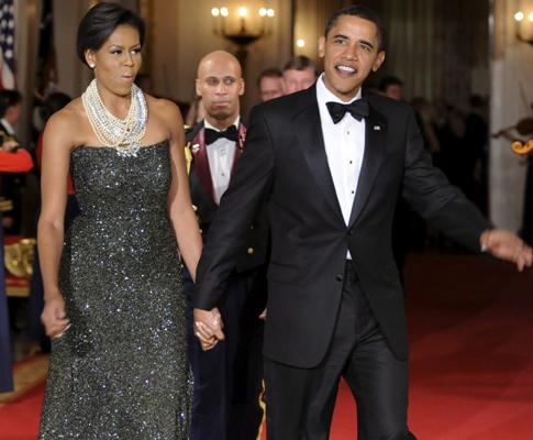 Michelle e Barack Obama oferecem jantar aos governadores