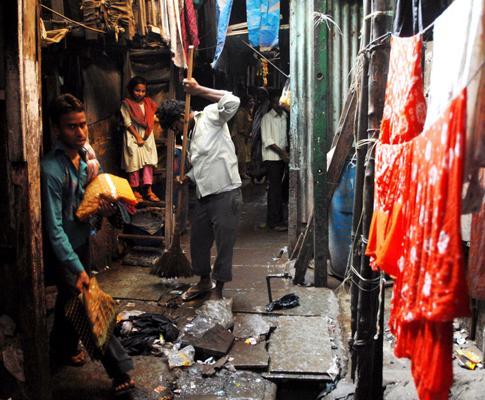 Favela onde vivem os actores infantis do filme «Slumdog Millionaire» (Quem quer ser bilionário?) s