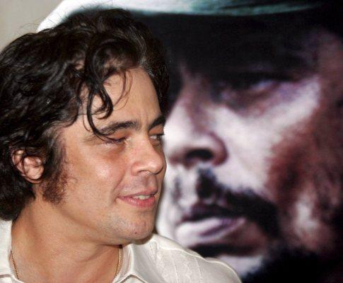 Benício del Toro, vencedor do prémio de Melhor Actor do Festival de Cannes pela sua participação no filme «Che»