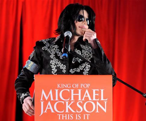 Michael Jackson anuncia concertos em Londres (EPA)