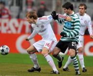 Ottl e Pereirinha, durante o Bayern Munique-Sporting