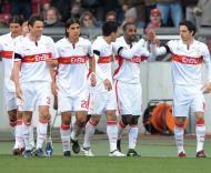 Festa dos jogadores do Estugarda depois da vitória sobre o líder Hertha
