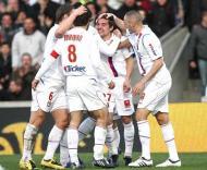 Lyon festeja vitória e regresso ao topo da classificação