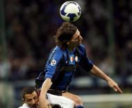 Ibrahimovic nas alturas frente à Sampdória na Taça de Itália
