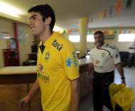 Kaká deixou a concentração da selecção para fazer testes médicos para o Real Madrid