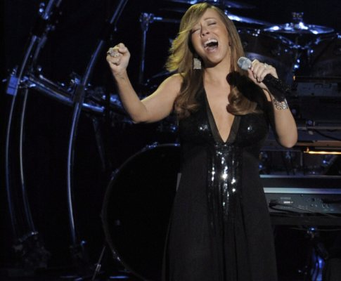 Mariah Carey nas cerimónias fúnebres de Michael Jackson(Lusa/Epa)