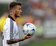 David Beckham, jogador do LA Galaxy, no embate com o Kansas City Wizards.