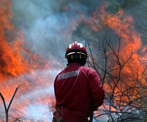 Incêndio em Bragança