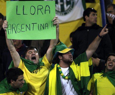 Argentina-Brasil, 1-3: Luisão marca e «escrete» qualifica-se