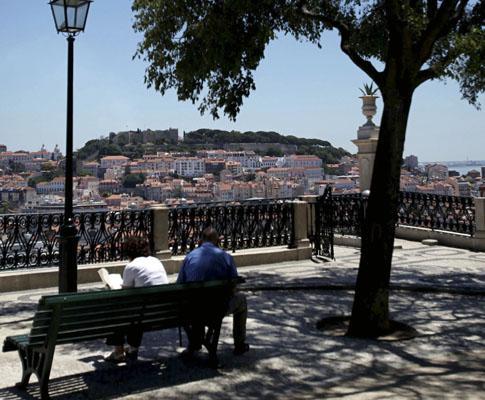 Miradouro de São Pedro de Alcantara, em Lisboa.