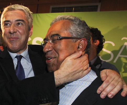 António Costa e José Sócrates festejam vitórias