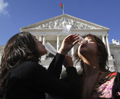 Casamento gay aprovado na Assembleia da República