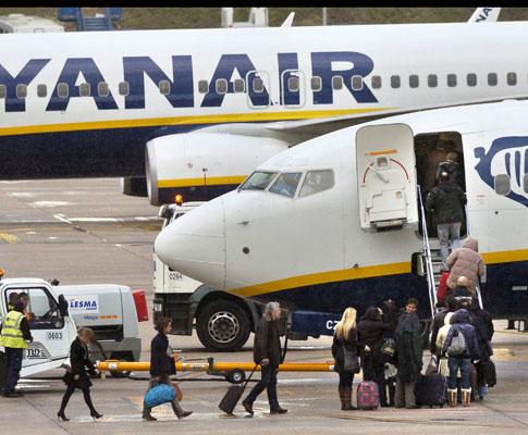 Aviões chocam no aeroporto