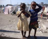 Haiti: campo de crianças