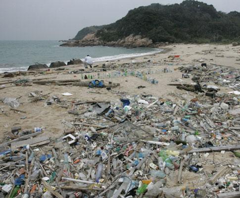 Praia de «plástico» na China
