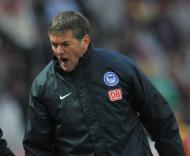 Friedhelm Funkel, treinador do Hertha Berlim
