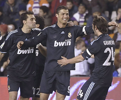 Cristiano Ronaldo marca ao Valladolid