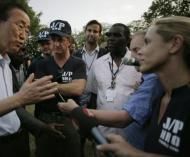 Sean Penn regressa ao Haiti