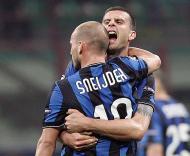 Sneijder e Thiago Motta