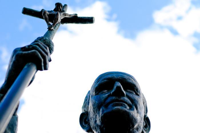 Papa em Portugal: 4 dias em 40 imagens