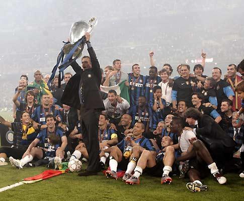 Maio: Inter vence o Bayern Munique e é campeão europeu