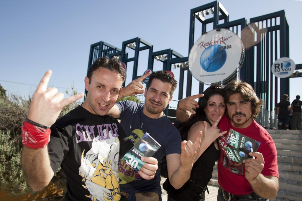 Público no quinto dia do Rock in Rio Lisboa 2010 (foto: Agência Zero)