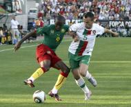 Samuel Etoo (Camarões) e Duda (Portugal)