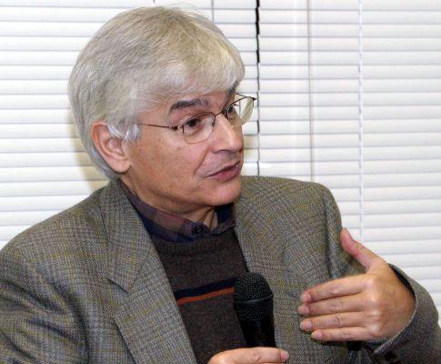 Morreu escritor João Aguiar